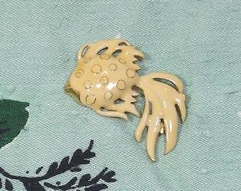 20% Sale Jewelry Vintage Enamel Fish  Brooch 1980s Nautical Ivory Angelfish Unsigned