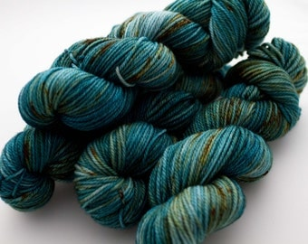 aran superwash merino 'patina'