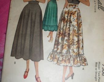 Vintage McCall Sewing Pattern - Misses' Two Piece Skirt Pattern - 1948 - # 7306