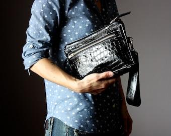 Medium leather clutch, black leather purse, black leather clutch, zipper clutch / purse, wrist strap