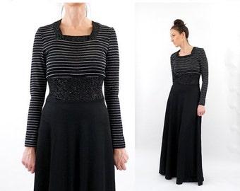 HOLIDAY SALE vintage 70s black + silver METALLIC knit Maxi dress M