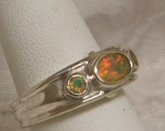 Roman-esque Three Stone Ring, Faceted Ethiopian Opals in Sterling Silver, Size 6