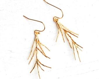 Gold Twig Earrings, Branch Earrings, Forest Wedding, Pine Needle Earrings, Delicate Earrings, Modern Earrings, Twig Earrings, Rustic Earring
