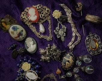 Detash Victorian Stash/Jewelry lot/Vintage Jewelry/steampunk supplies jewelry/craft supplies/jewelry supplies/costume jewelry/Art Nouveau No