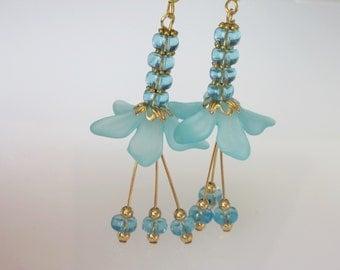 Crystal Flower Earrings, Blue Wedding Earrings, Blue Bridal Earrings, Aquamarine Crystal
