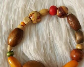 Wood bead bracelet.   Multicolored.