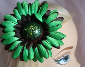 Brown and Green Daisy Hair Flower - Rockin Roses Hair Flowers - Pinup Hair Flower - Rockabilly Flowers - OOAK Brown and Green Daisy