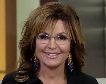 Sarah Palin Earthquake Earrings   smaller pair