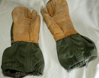 Vintage Military Mitten Gloves Trigger Finger Shells Propper US Army