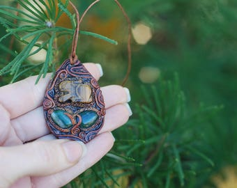 Totem Rabbit Nature Pendant with Tigers Eye and Green Aventurine - Magic - Gypsy - Wicca - Faerie