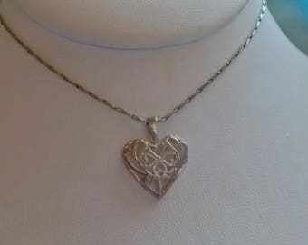 Vintage Sterling Silver Necklace Pendant 2.8 Grams Heart Signed 925