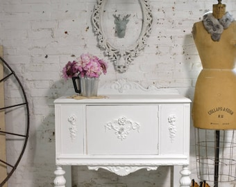 Painted Cottage Chic Shabby French Server/ Buffet / Sideboard SV632