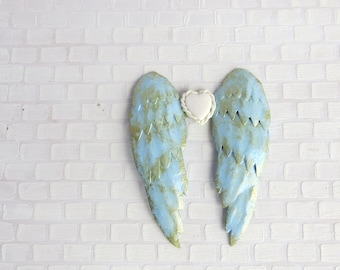 Light blue angel wings in 1:12 scale