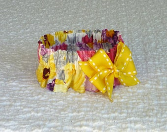 """Finger-painted Flowers Dog Scrunchie Collar with yellow bow - Size M: 14"""" to 16"""" neck"""