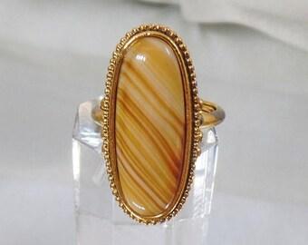 SALE Vintage Banded Agate Ring. Shimmering Sands Avon Agate Ring.