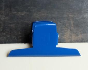 Large Binder Clips, blue paper clip