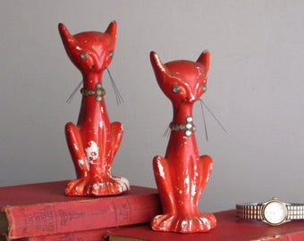 MCM - vintage home decor - quirky animals - Cats - 2 salt and pepper shakers - cat lover
