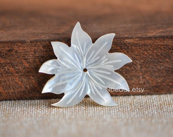 10pcs White Mother of Pearl Shell Lutos Carved Flowers 36mm -(V1216-1)