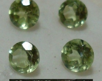 4pcs Peridot 3mm round faceted stones AA-Grade Eye-clean clarity med green cb055