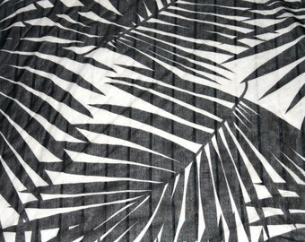 Sweet Vintage Palm Fronds Scarf in Black & White