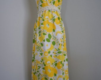 30% off// Vintage LEMON Yellow FLOWER Print 60s 70s MAXI Dress (s-m)