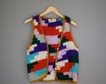 30% off// Vintage 70s Hippie KNIT Colorful PATCH Work Vest (s-m)