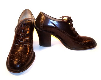 Vintage Chocolate Brown Kenneth Cole Edwardian Style Shoes, Ladies Wing Tip Leather Soles Size 9 1/2