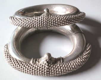 Vintage pair antique ethnic tribal old Sterling silver bracelet bangle Kadla India Rajasthan 500 grams.