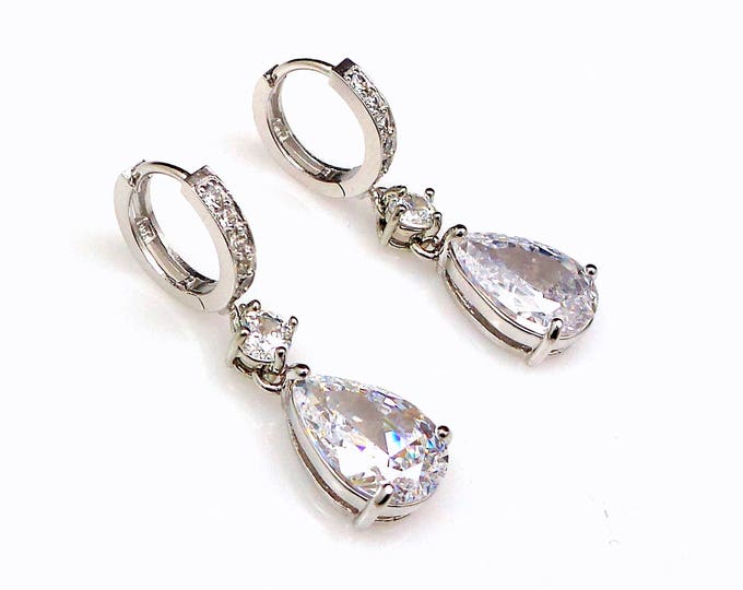 bridal wedding jewelry bridesmaid gift party christmas prom rhodium clear white teardrop micropave cubic zirconia clip hoop style earrings