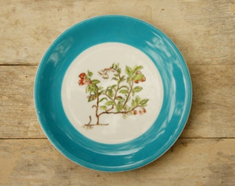Vintage 70s Hand painted Floral Heather Plate Botanical Woodland