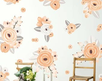 Graphic Flower Clusters in Peach