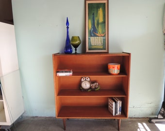 MID CENTURY MODERN Bookshelf, Media Stand or Bar with Glass Doors (Los Angeles)