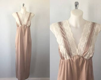 Vintage Light Mocha Nightgown, Vintage Nightgown, Fashion Fit, 1980s Nightgown, Vintage Lingerie