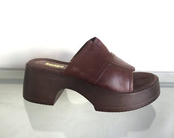90s Bongo Platform Leather Sandals 9.5 (Deadstock)