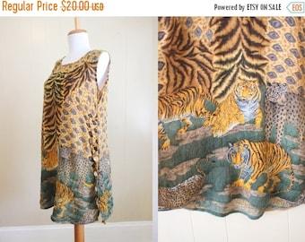 30% OFF SALE Safari Dress Vintage 90s Animal Print Crinkle Loose Small