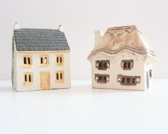 Vintage Set of Two O'Donoghue House Ceramic Money Box Banks // UK pottery, thatched home shape
