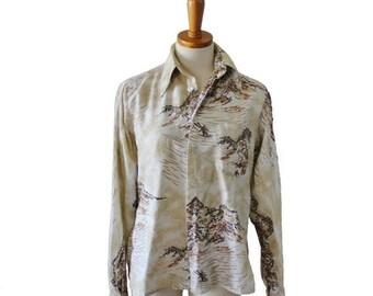 50% off sale // Vintage 70s Novelty Print Ski Mountain Shirt // Men Small // cotton, mod, funky