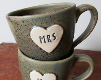 2017 Newlywed Couple Mr. and Mrs. mug set In Bloobie Freckle Brown Just married, Ready to Ship