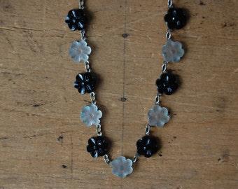 Antique 1930s Czech pressed glass black white flower collier ∙ Czech glass necklace