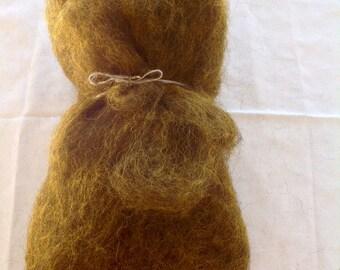 Alpine STONE SHEEP fleece - Yellow