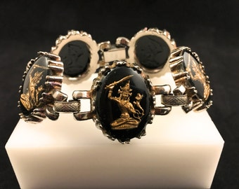 Reverse Carved Bracelet, Vintage Jewelry, Snake Jewelry, Black & Gold Vintage Bracelet, Asian Figure Intaglio, Mid Century Book Chain Links