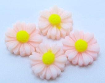 4PCS - Daisy Flower Cabochons - 12mm - Pale Pink Daisy Cabochons - Pink Flower Cabochons