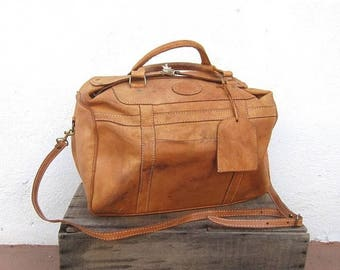 15% Off Out of Town Sale 80s Medium Duffle Overnight Weekender Distressed Tan Leather Buckled Tote Travel Bag