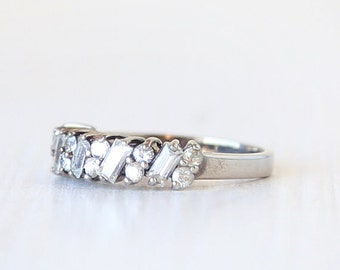 Sterling Silver Mixed Crystal Glitter Ring // Vintage Ring  // size 5.75 // everyday sterling jewelry