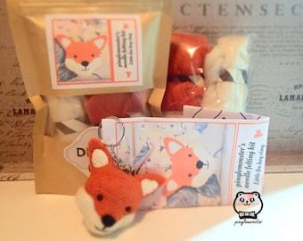 Needle felting kit -  Cute fox keyring
