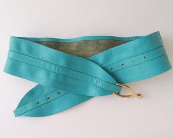 Turquoise Leather Belt vintage 80s wide soft leather waist belt with golden wishbone buckle .... fits 25-34