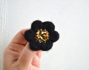 Little Needle Felted Brooch Black Wool Golden Beads Felt Flower,Small Felt Flower Pin,Flower Brooch,Felted Flower,Woolen Brooch