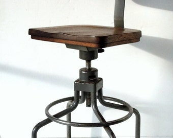 Vintage Industrial Work Stool / Metal and Wood Chair / HON / Adjustable Height and Swivel / Distressed Vintage Shop Stool / Industrial Chair
