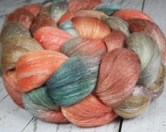 WINTER at BRYCE CANYON: Polwarth / Seacell roving - 4.0 oz - Hand dyed wool roving - Indie dyed wool - Canyon colors - Spinning wool roving