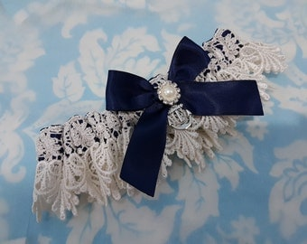 Anchor Wedding Garter - nautical anchor and pearl navy Blue satin and Venise Lace - pearl garter - nautical wedding garter - beach garter